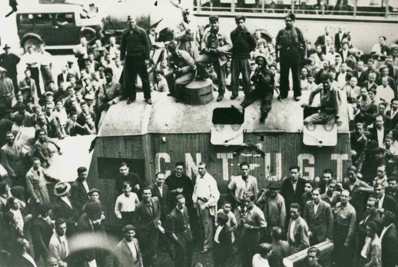 """""""El autoblindado 'Luis de Sirval' amb destinació a la Columna de Ferro de Terol"""" (1936)"""
