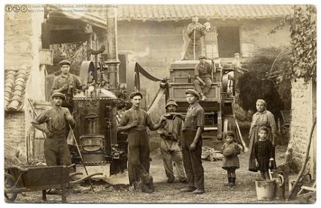 Estampa histórica de tareas en el campo de Galicia.